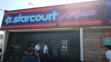 Starcourt Mall exterior 1