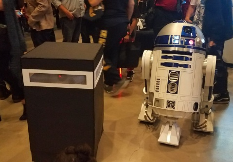 BB-8 in a trash bin & R2-D2